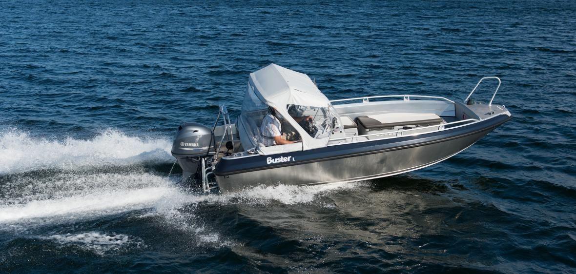 Buster L motorboat | Jarvin