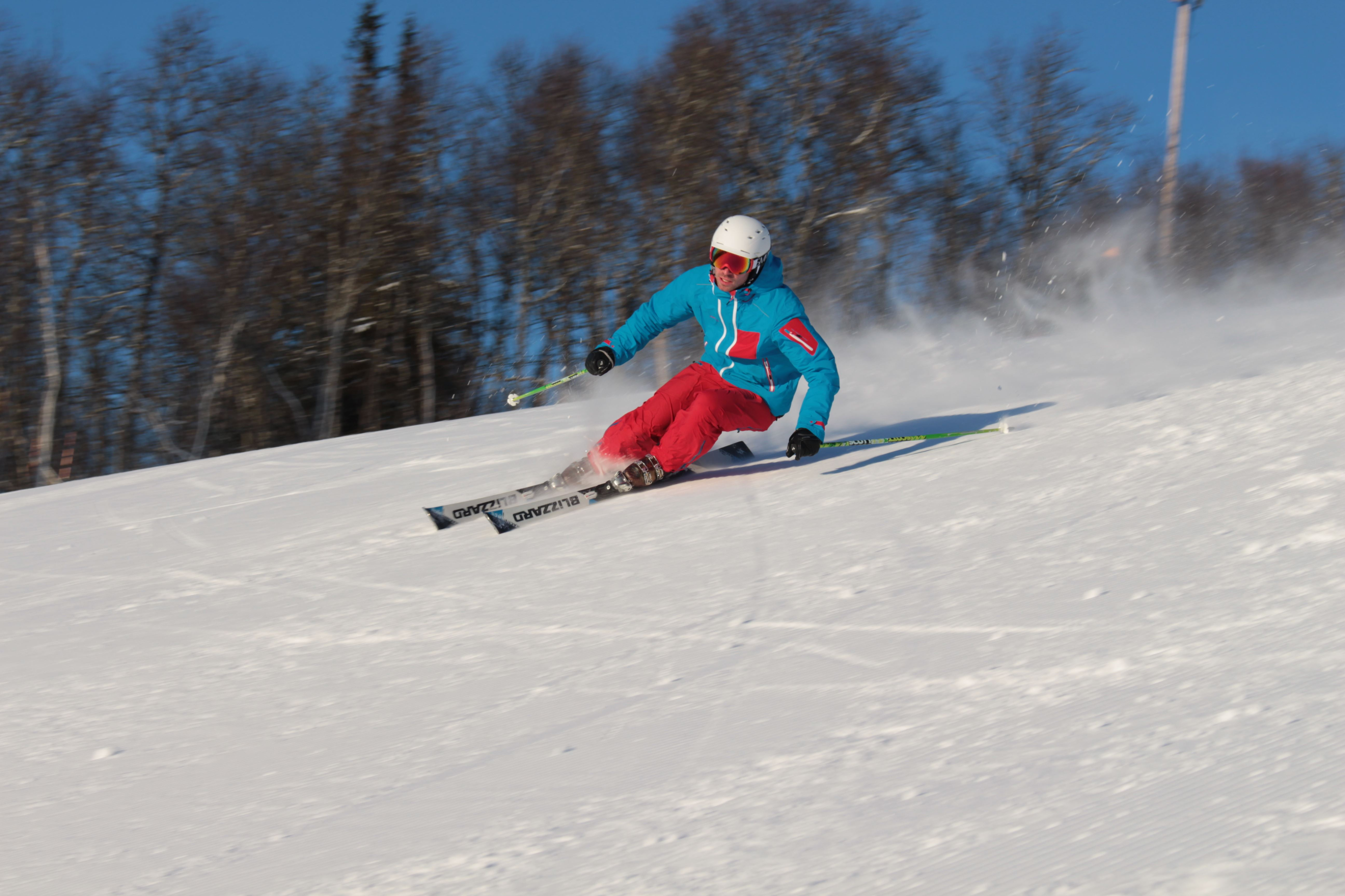 Book a private lesson on skis, telemark or snowboard