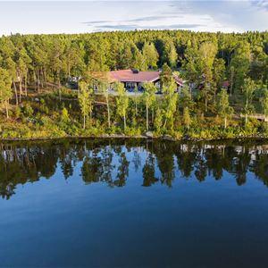 Hjälmargården & Läppe Camping/Cottages