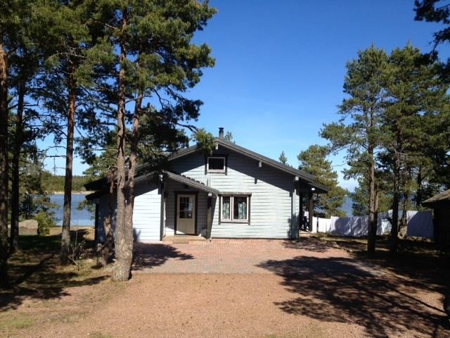 Sandösund Resort: Log house Storstugan