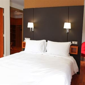 © HOTEL LA BRECHE DE ROLAND, HPH20 - Hôtel moderne et cosy