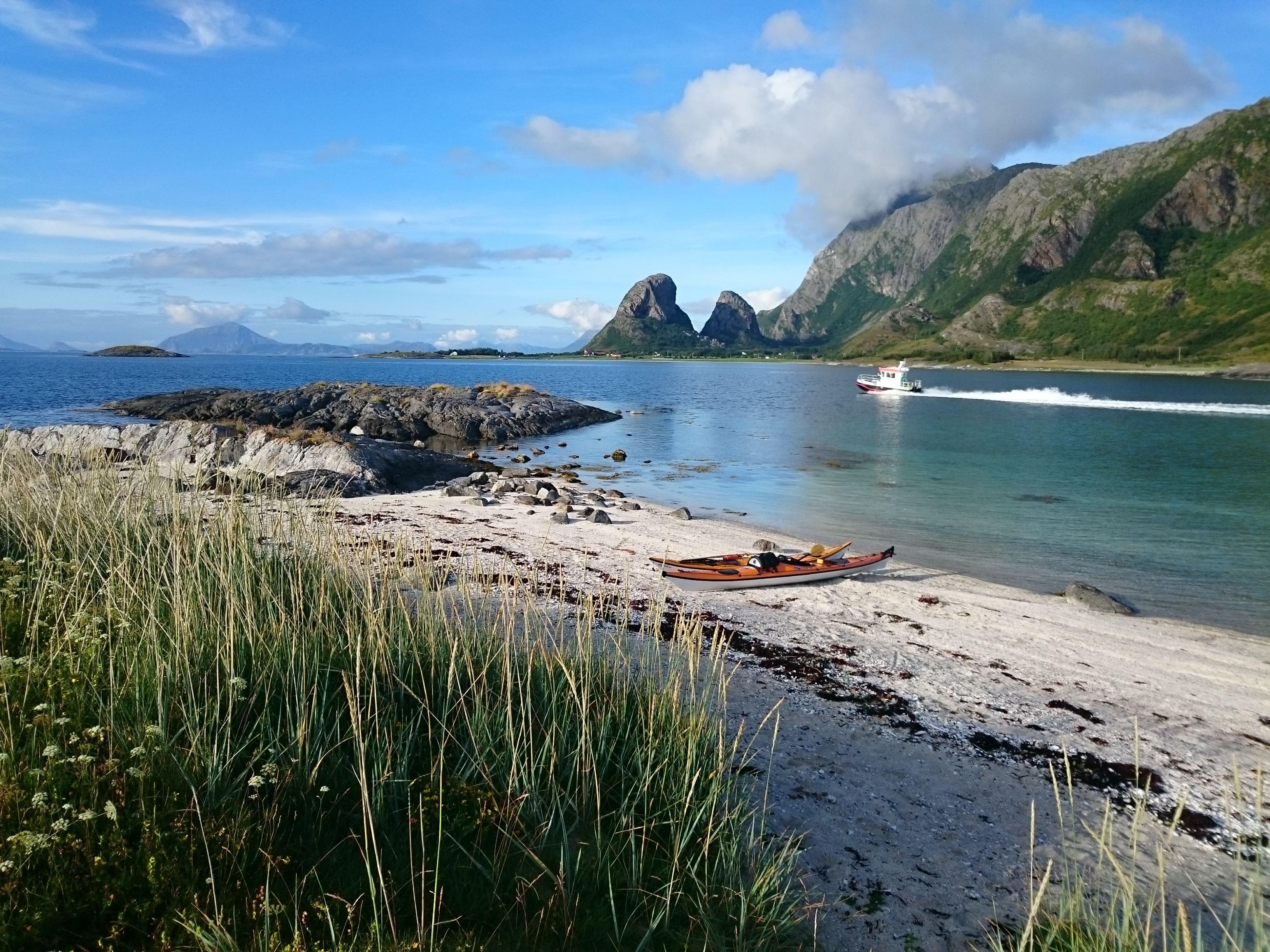 Helgeland Kayak - Kayak Courses on the fairytale island Tomma