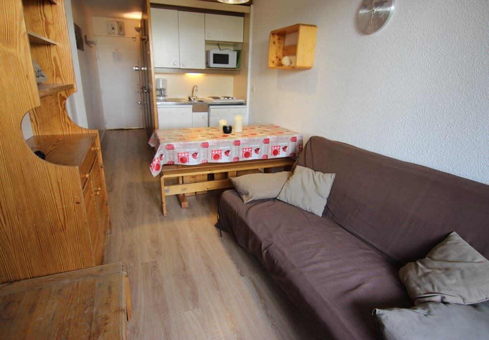 LAUZIERES 518 / 2 ROOMS 4 PEOPLE COMFORT