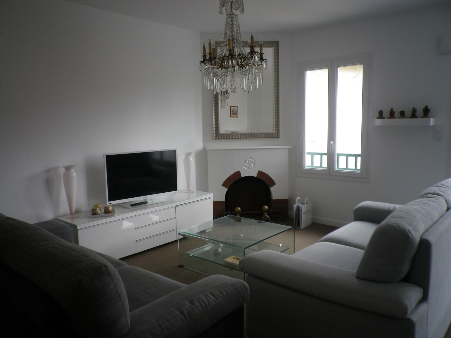 Appartement Bezirard - Ref : ANG2217