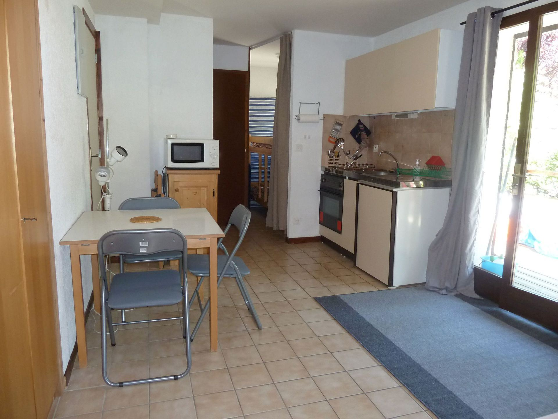 Coq de Bruyère - AO 2011 - 1 pièce + cabine ( Non homologué) - 4 personnes - 25m²