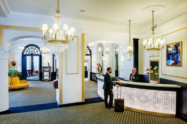HPH126 - Hôtel-Spa stylé « Grand Siècle » dans un parc vue sur le Sanctuaire à Lourdes