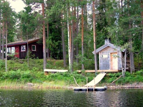 BFS045 Gullviken-Ängeboda - einsame Holzhütte in der Natur pur