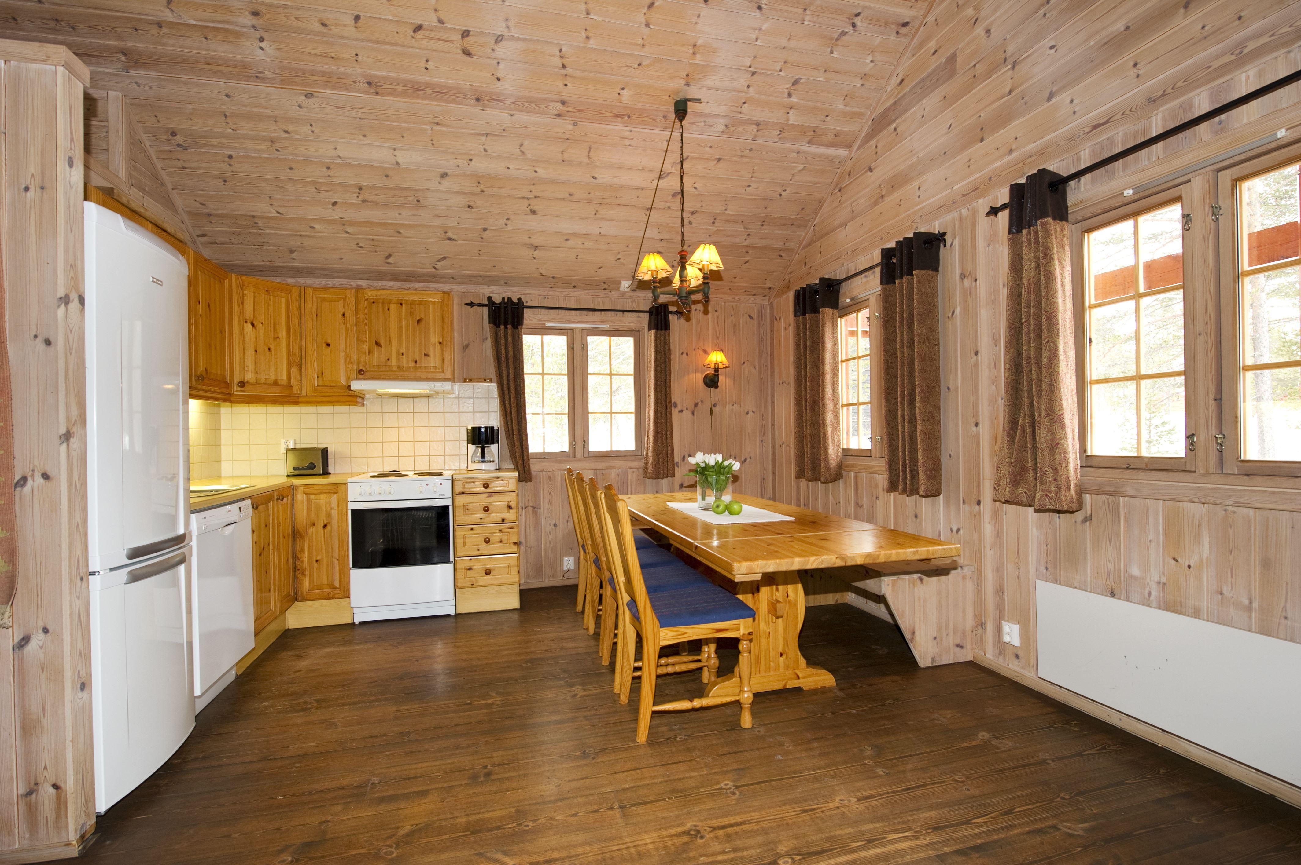 Kjøkken / Kitchen Geilolia Hyttetun 10sengshytte / 10 bed cabin
