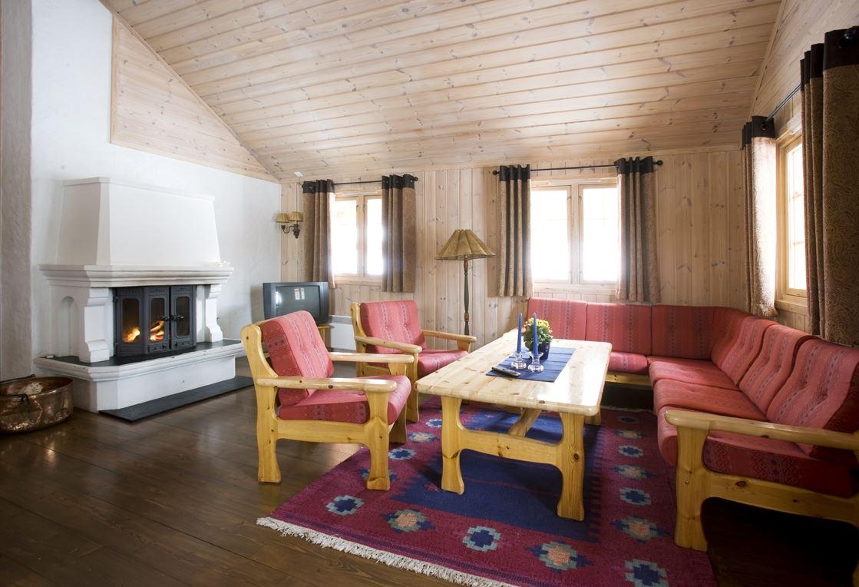 Stue / Living area Geilolia Hyttetun 12sengshytte / 12bed cabin