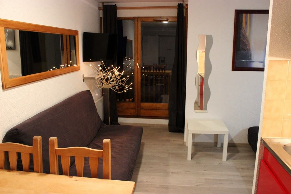 CIMES DE CARON 1500 / 1 room 4 people