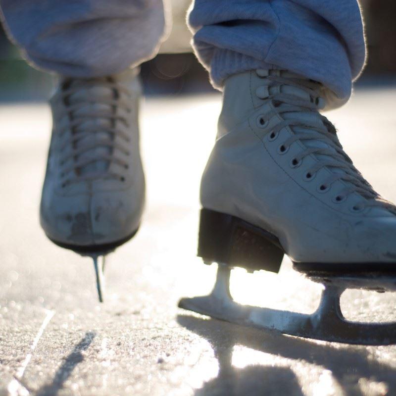 Vinteraktivitet: Åby Bandybana
