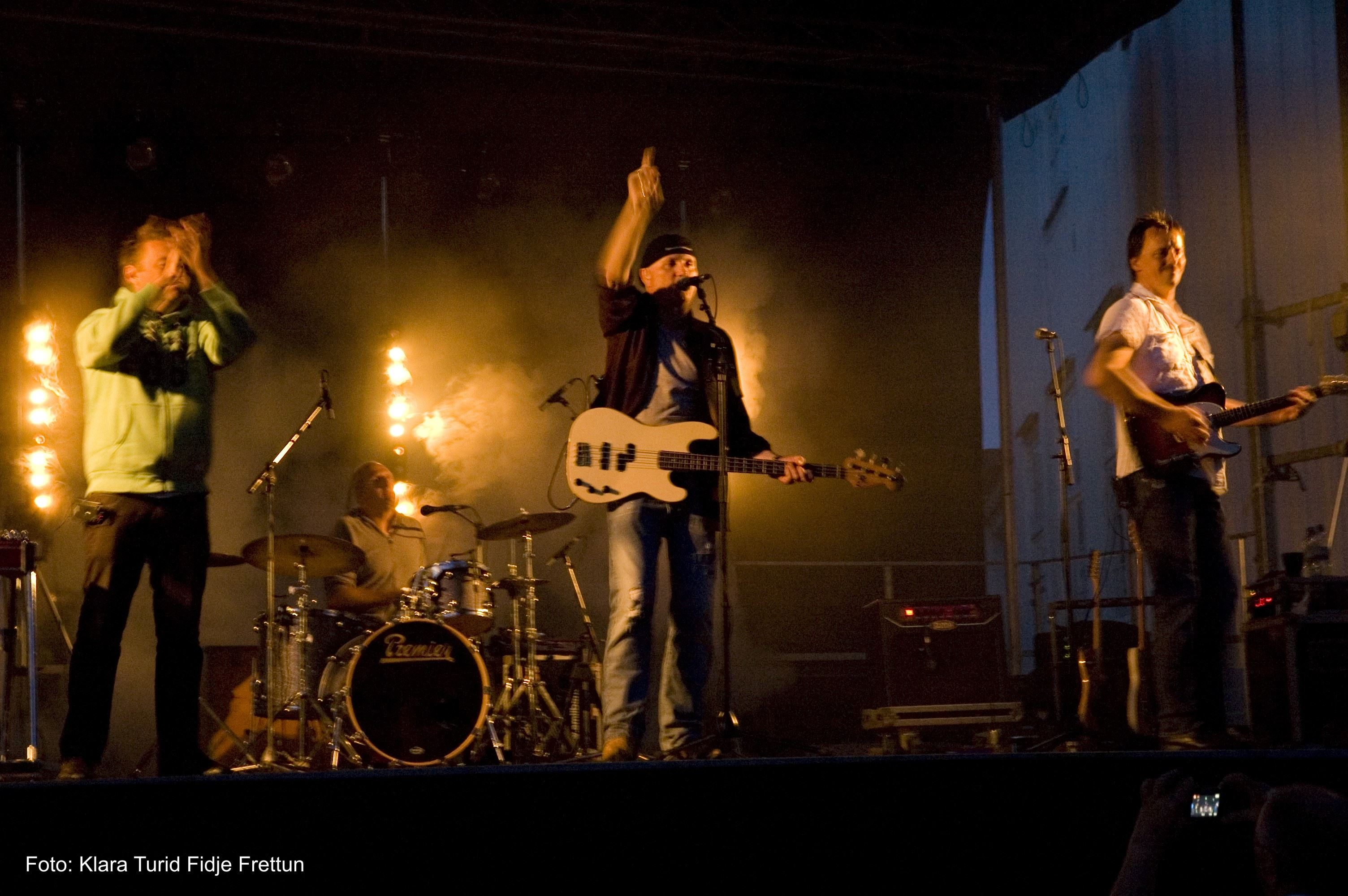 Konsert med Åsmund Åmli Band