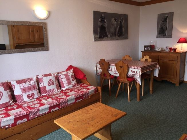 3 Room 6 Pers ski-in ski-out / VALMONT 204