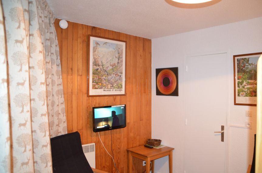 Studio 4 Pers skis aux pieds / CARON 820