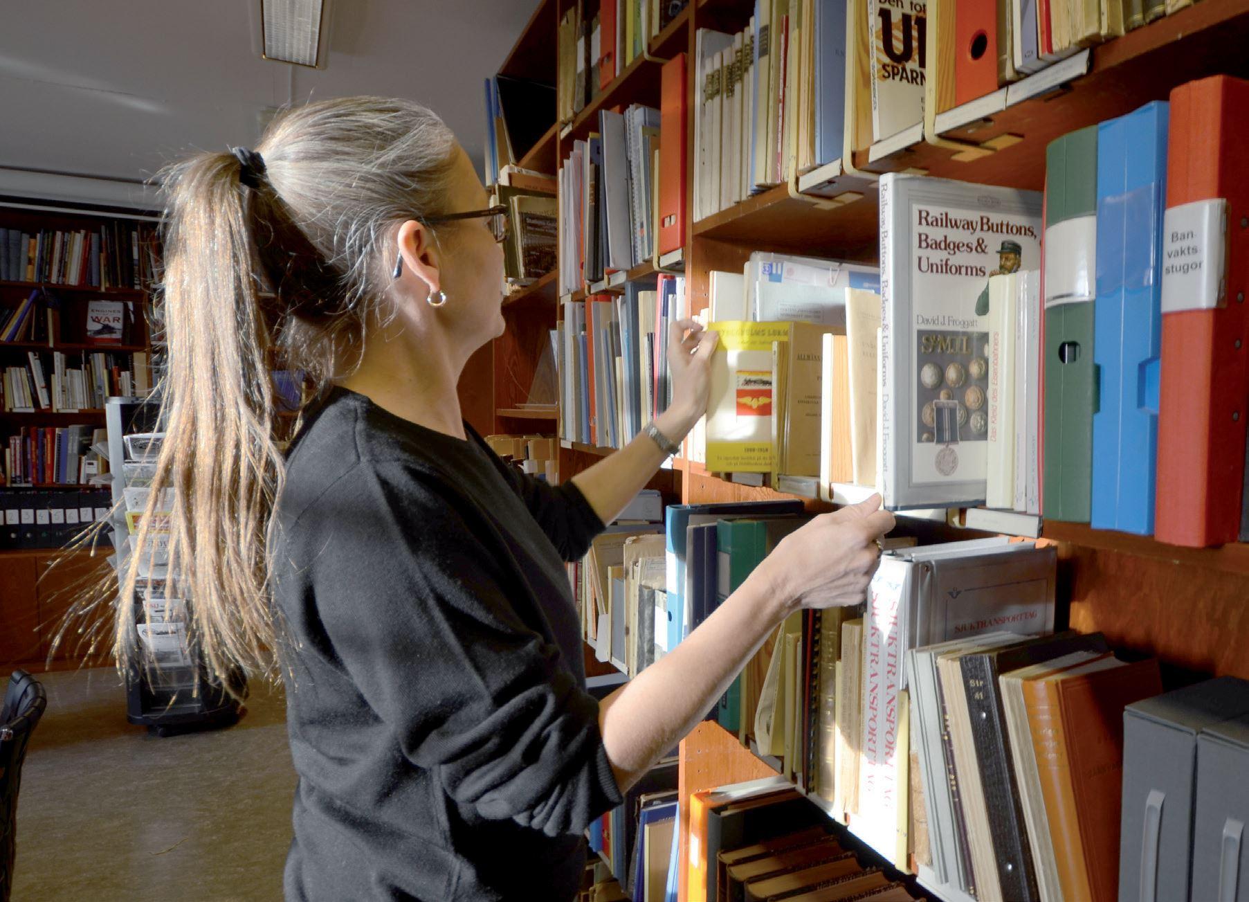 Sveriges Järnvägsmuseum,  © Sveriges Järnvägsmuseum, I vårt bibliotek finns gott om böcker om järnvägens historia