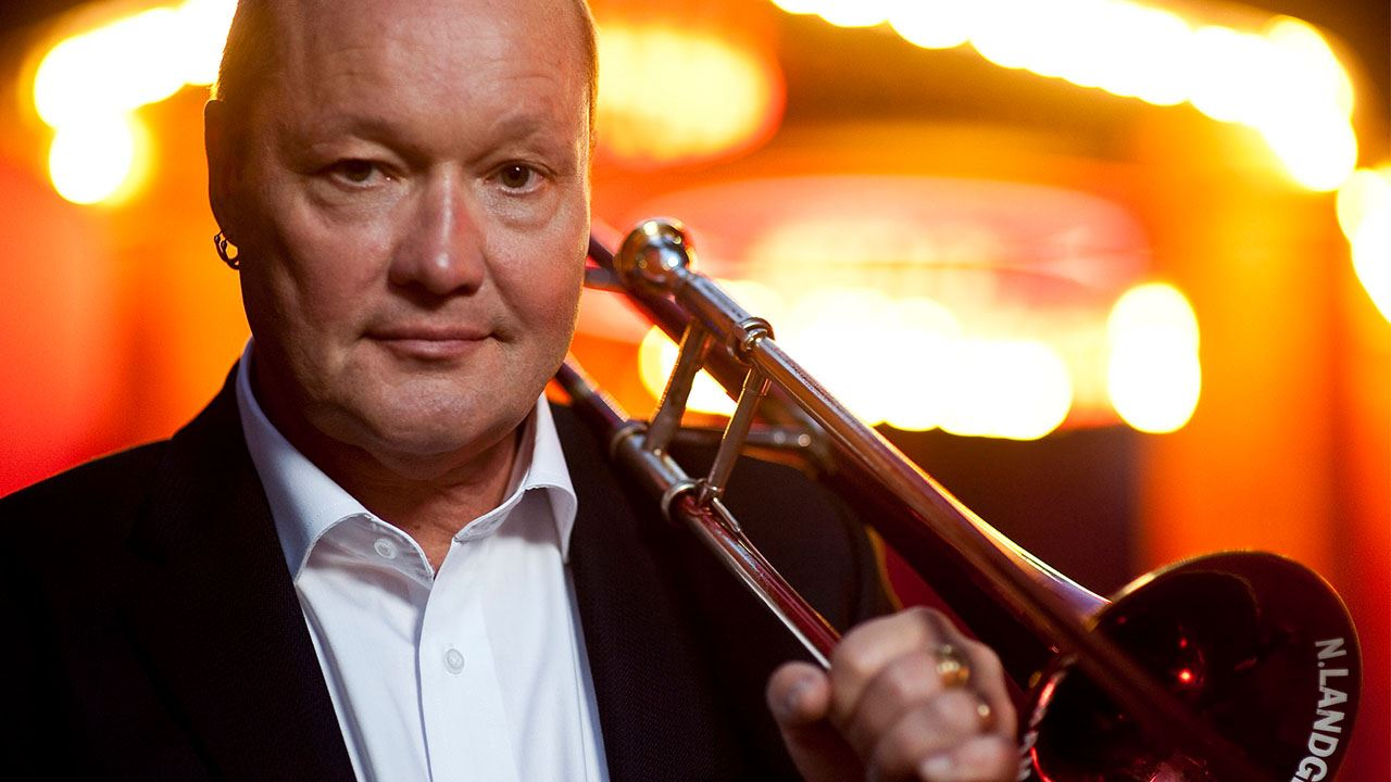 En av Sveriges mest mångsidiga jazzmusiker möter musiker ur Malmö SymfoniOrkester i denna konsert