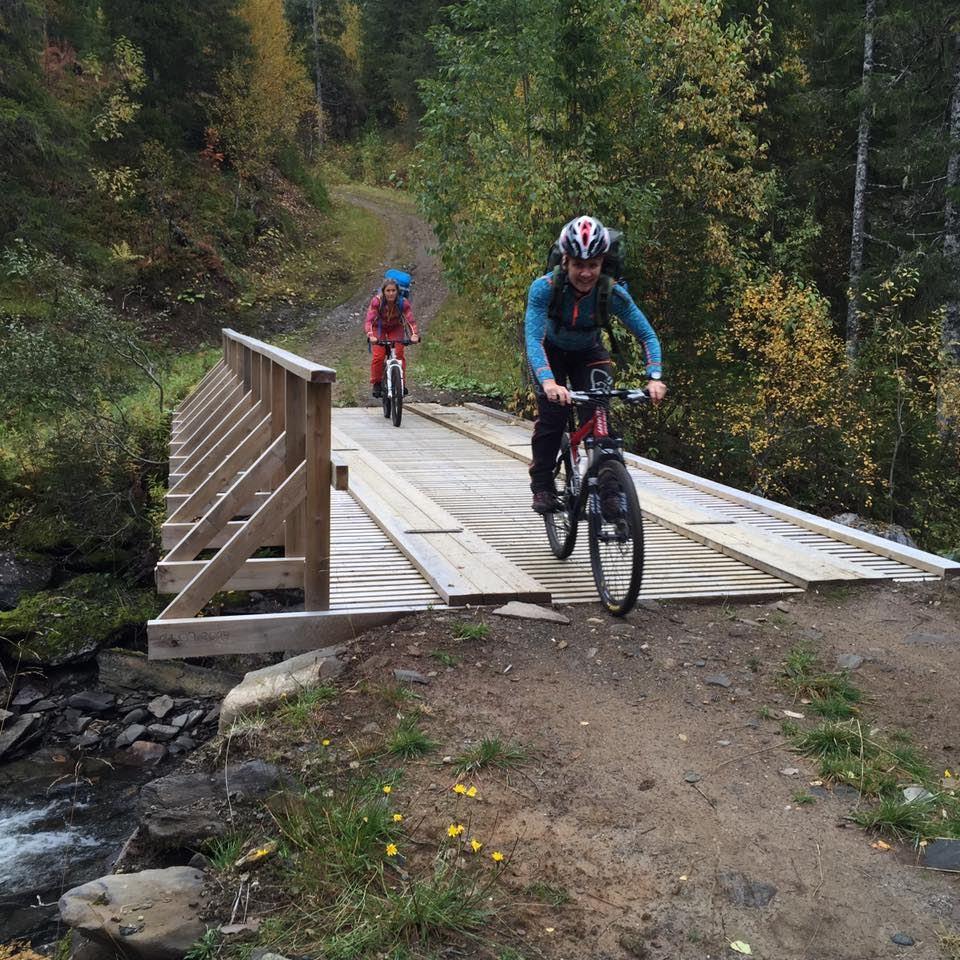 Opplev Helgeland fra sykkelsetet!