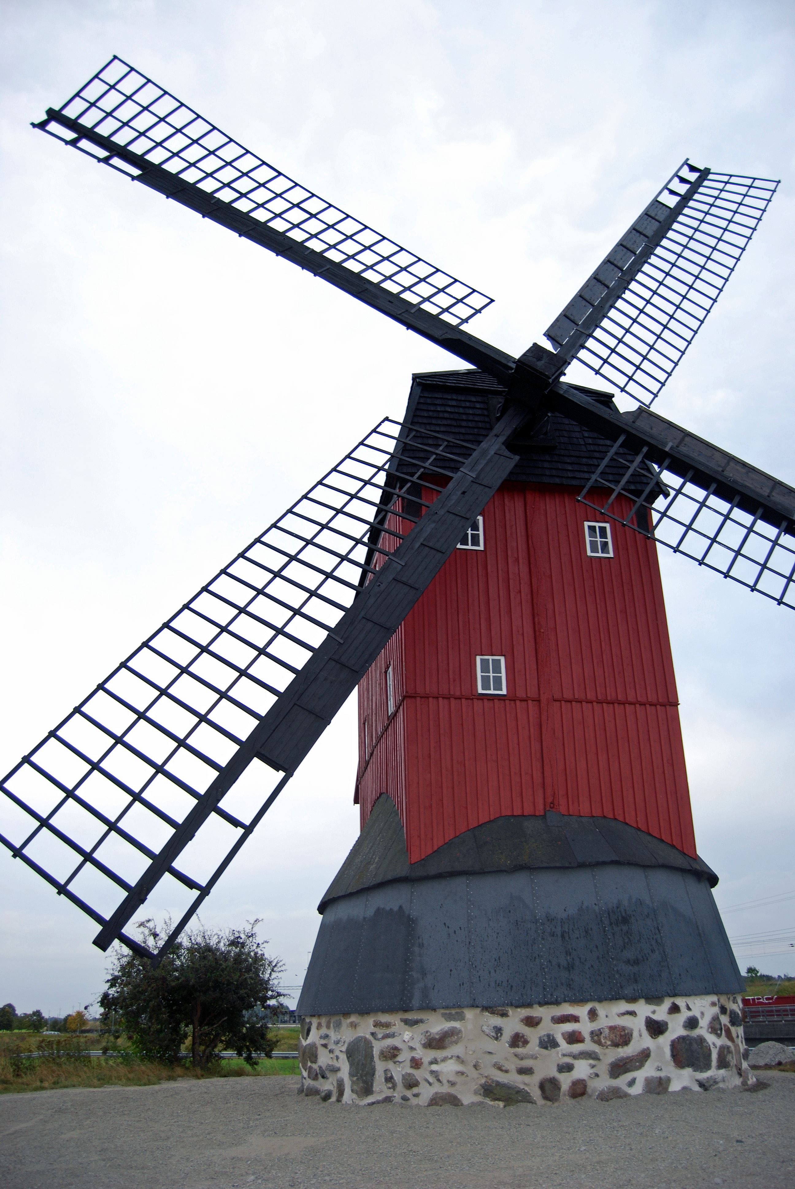 Asmundtorps Hembygdsgård/ Lindqvists smedja / Häljarps mölla