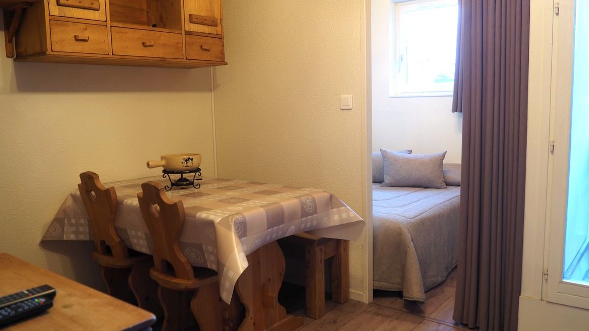 2 Rooms 4 Pers ski-in ski-out / SKI SOLEIL 2708