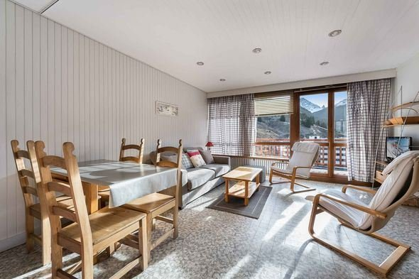 Studio 4 people ski-in ski-out / RESIDENCE 1650 26 (mountain of charm)