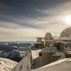 Noche en la cumbre del Pic du Midi