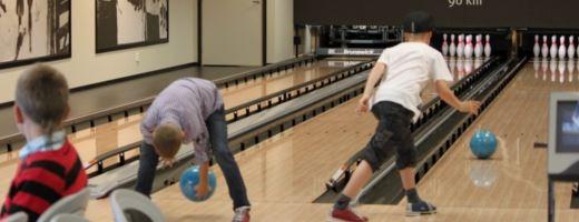 Discobowling på Mora Parken Bowling