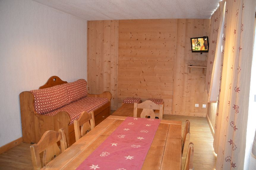 3 Rooms 6 Pers ski-in ski-out / ARGENTIERE 103