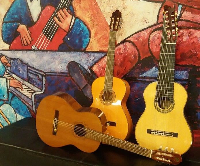 Tre gitarrer