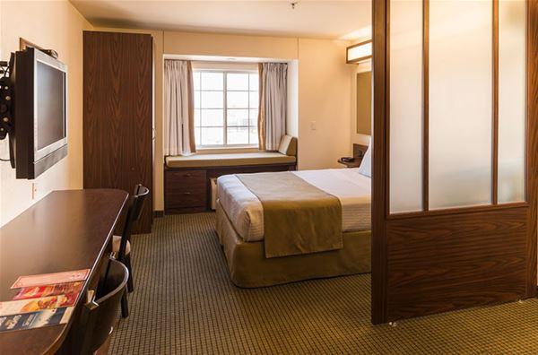 Microtel Inn & Suites by Wyndham Ciudad Juarez/US Consulate