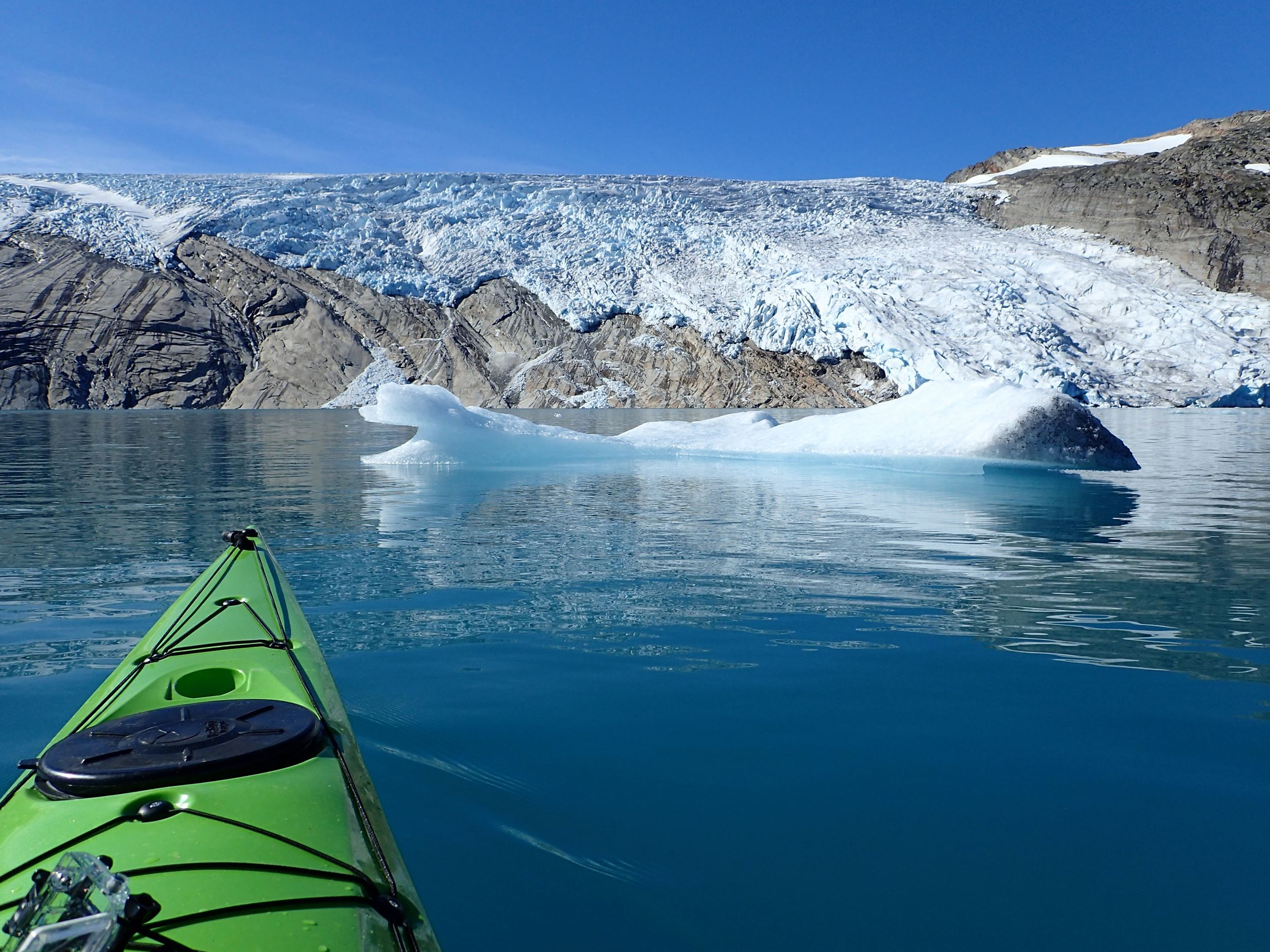 """Kayak trip in the Arctic"""