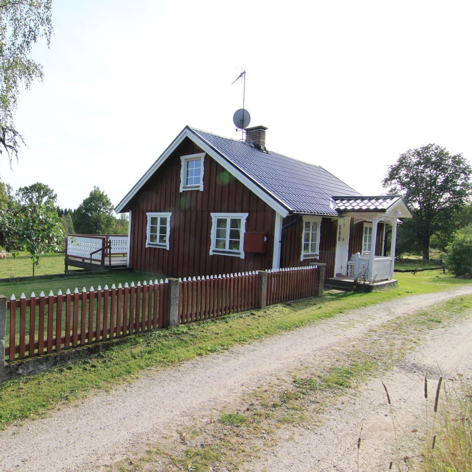 Cottage 02 - Bikupan - Kalvshults gård - Käja och Roland Haraldsson