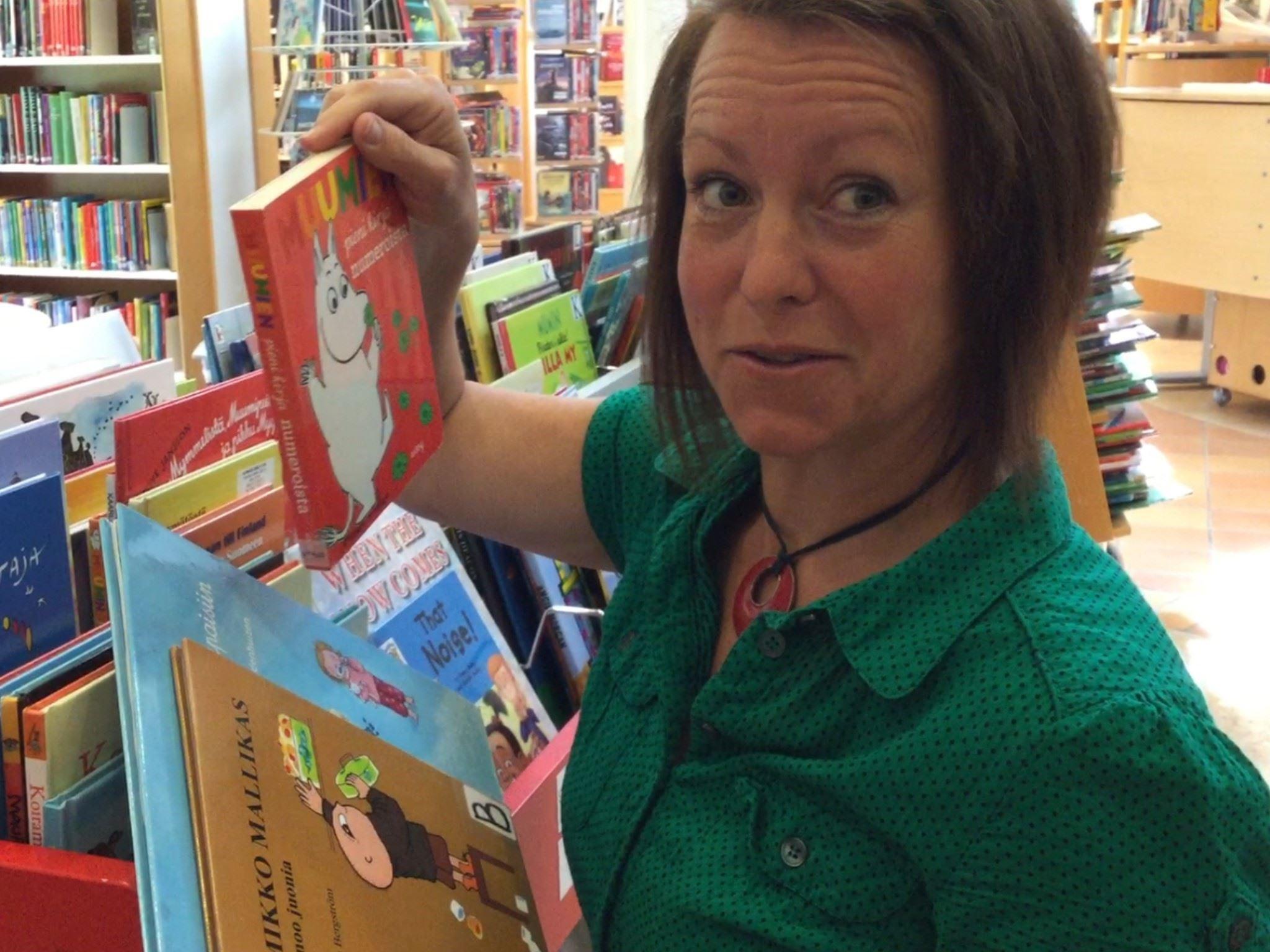 Finland 100 år - Tvåspråkig barnverksamhet på biblioteket