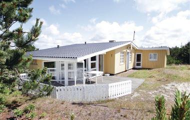Bjerregård - P62133