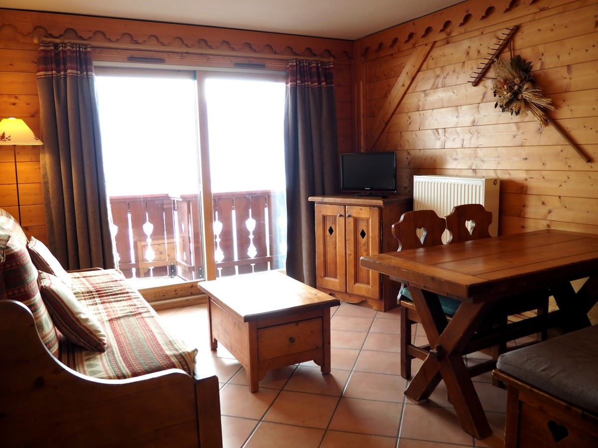 3 Rooms 6 Pers ski-in ski-out / ALPAGE DE REBERTY 11