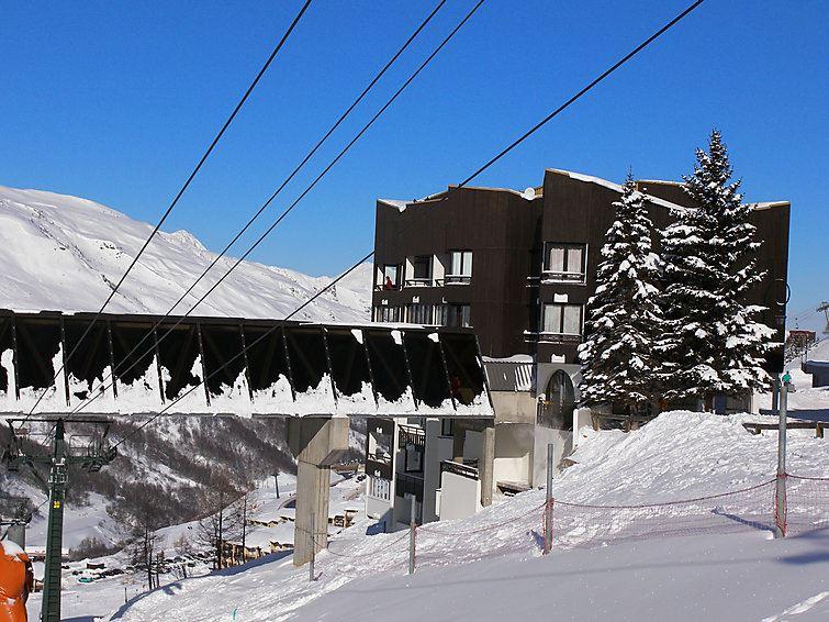2 Pièces 4 Pers skis aux pieds / SORBIER 209
