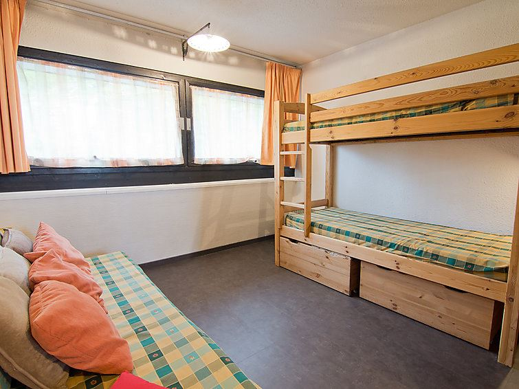 2 Room 5 Pers Ski-in Ski-out / COTE BRUNE 613