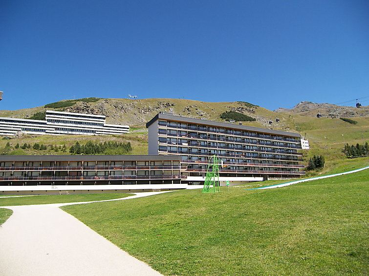 3 Room 6 Pers Ski-in Ski-out / ARAVIS 212