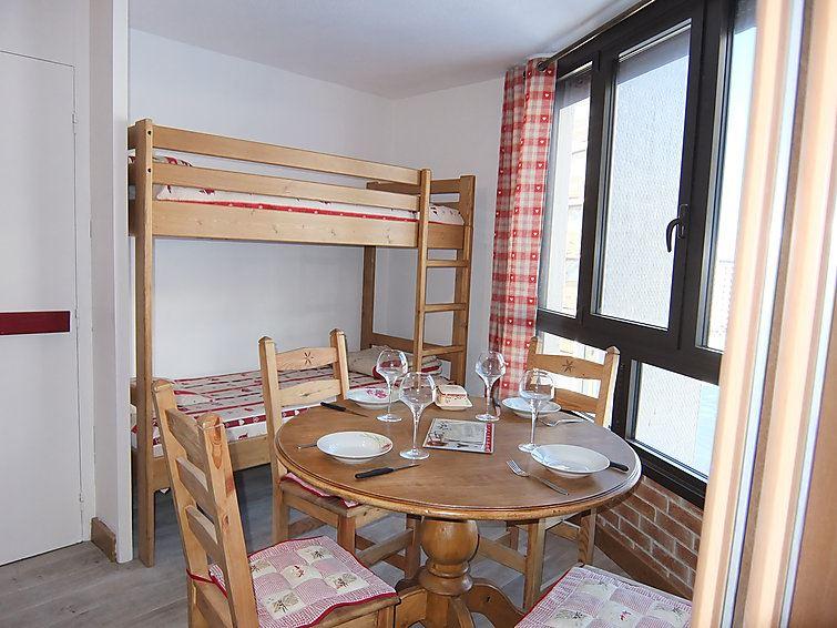 2 Room 4 Pers ski-in ski-out / CARON 624