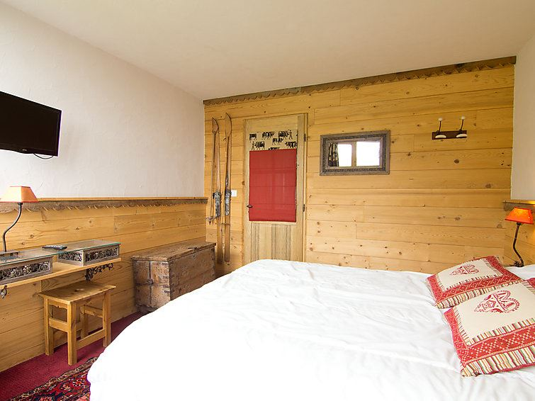 4 Room 9 Pers Ski-in Ski-out / CARON 1213