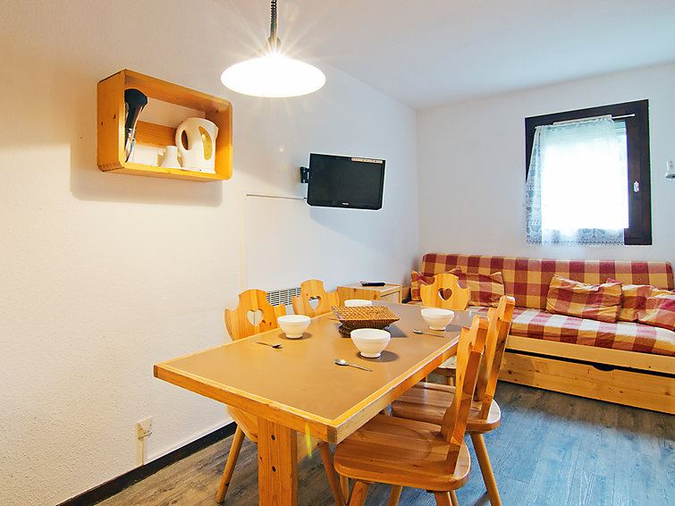 2 Room + Cabin 6 Pers ski-in ski-out / VILLARET 317