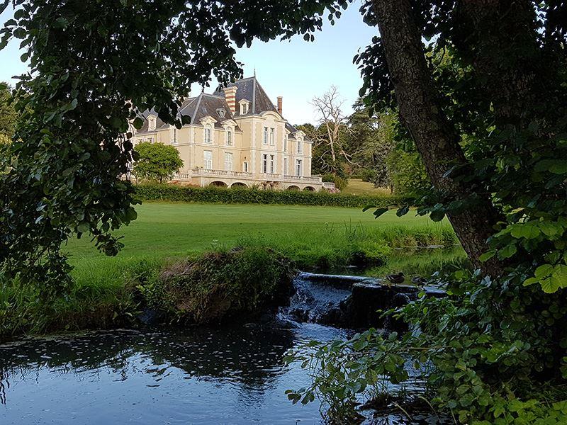 © Château d'Ardrée, CHAMBRE D'HOTES CHATEAU D'ARDREE