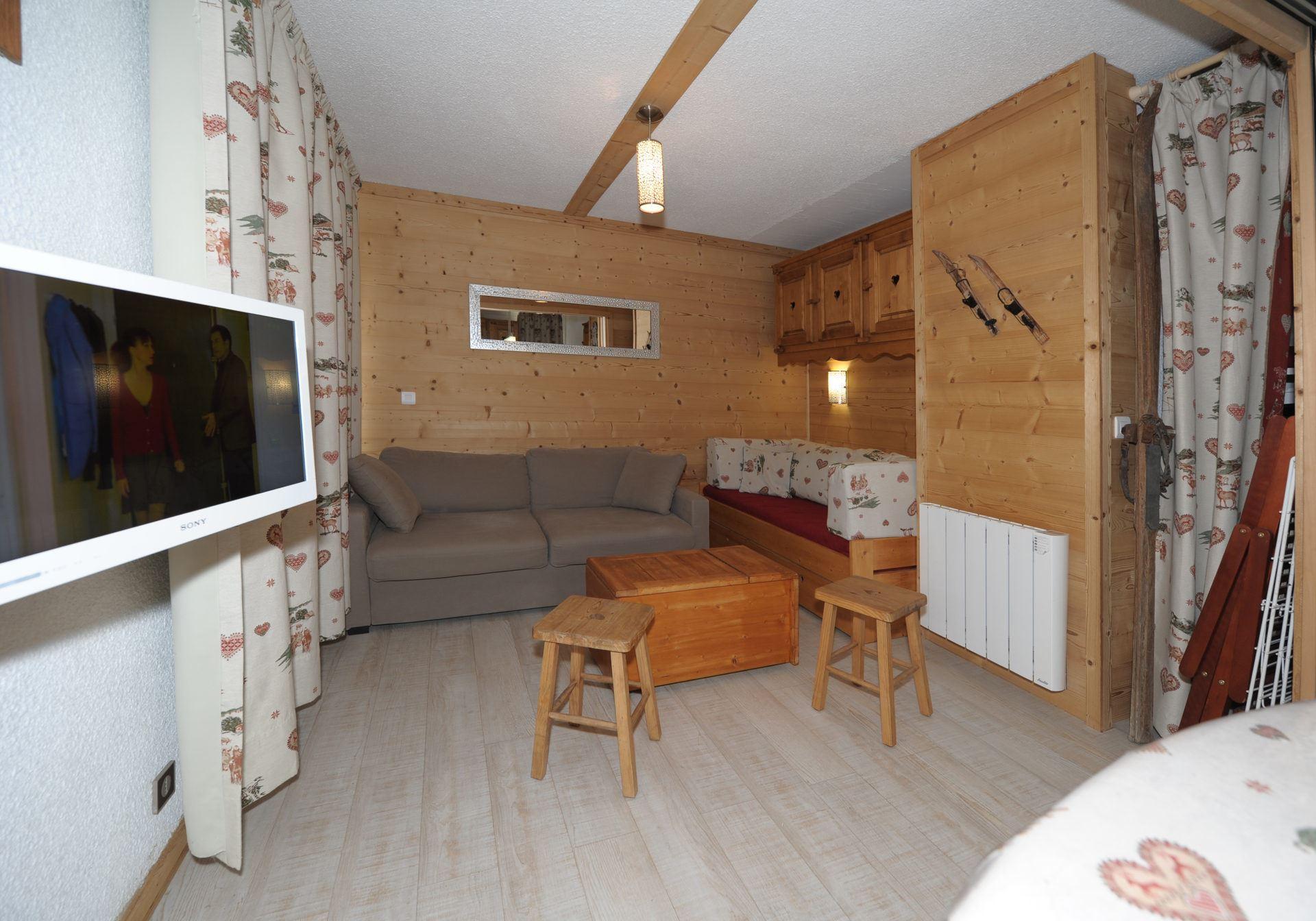 3 Rooms 8 Pers ski-in ski-out / BIELLAZ 61