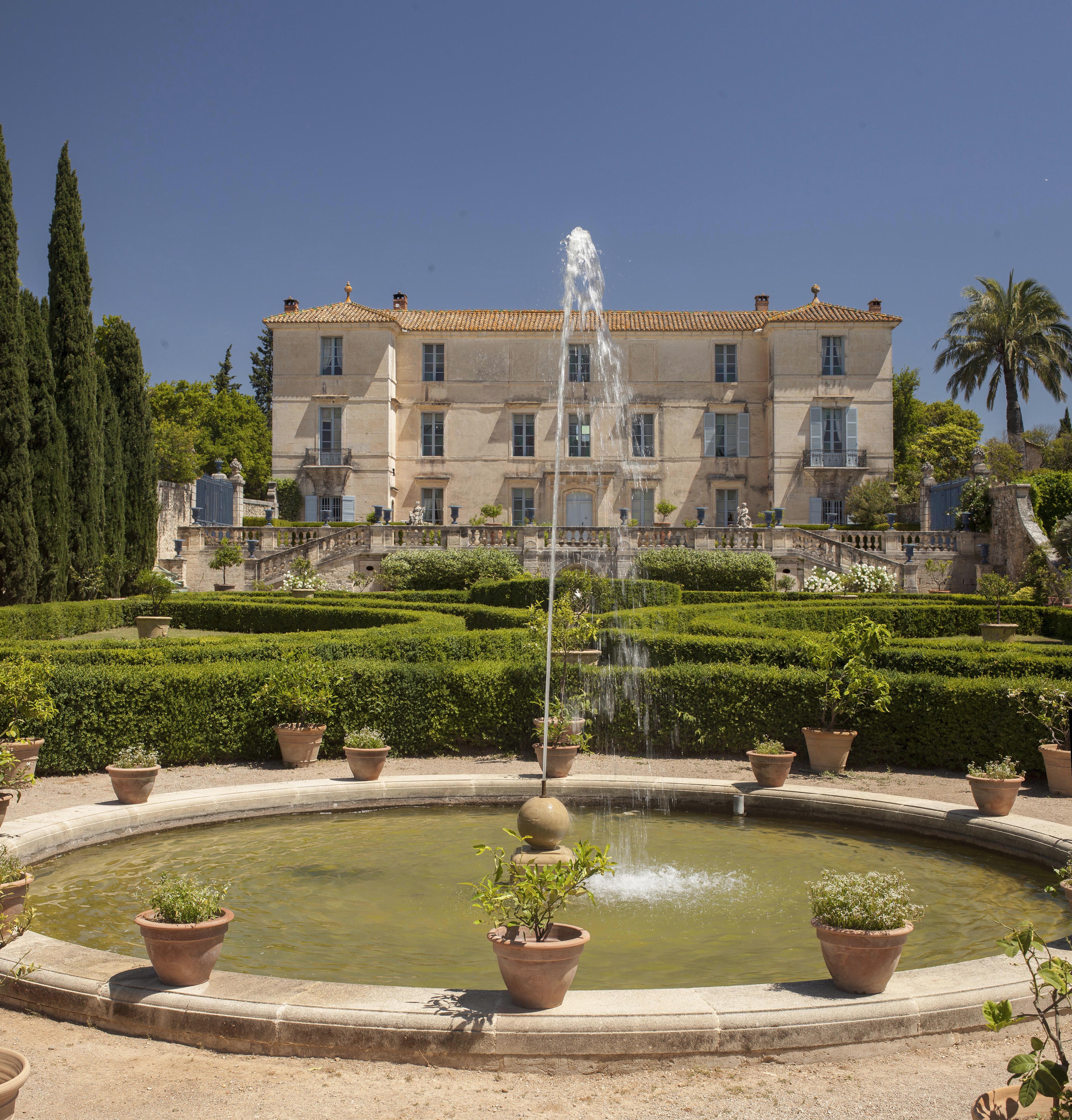 Château de Flaugergues : visite des jardins en véhicule électrique sans accompagnateur