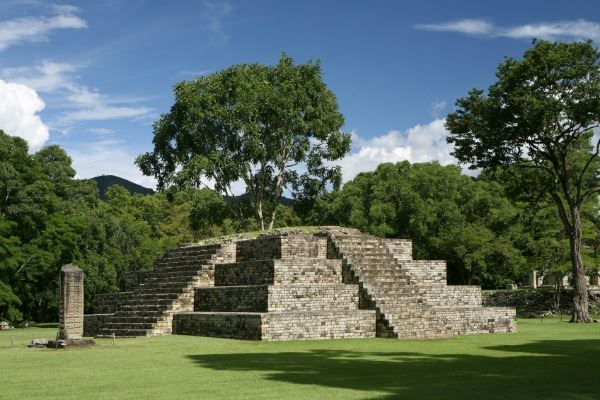 Copan Ruins to La Ceiba 7 Days /6 Nights