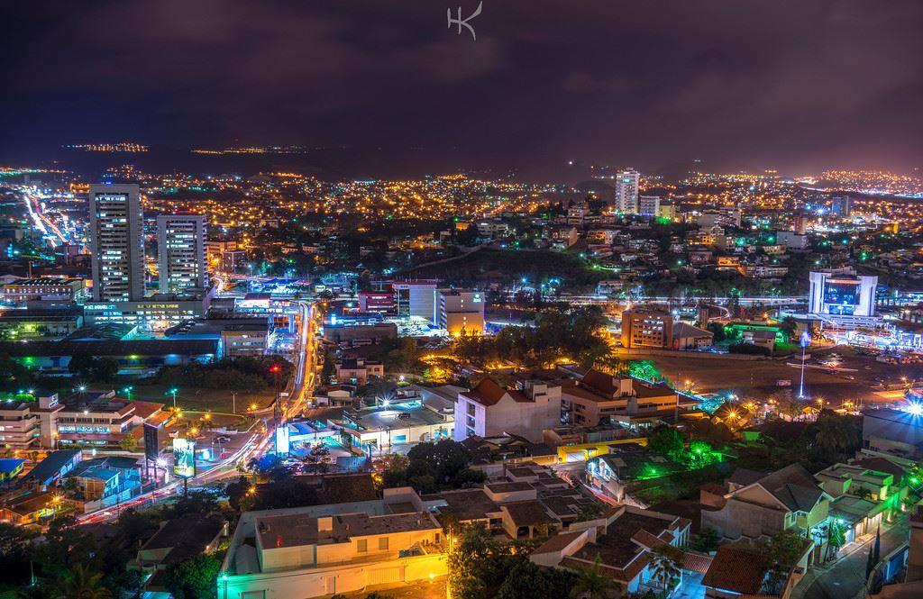 Tegucigalpa to Roatan 9 days/8 nights