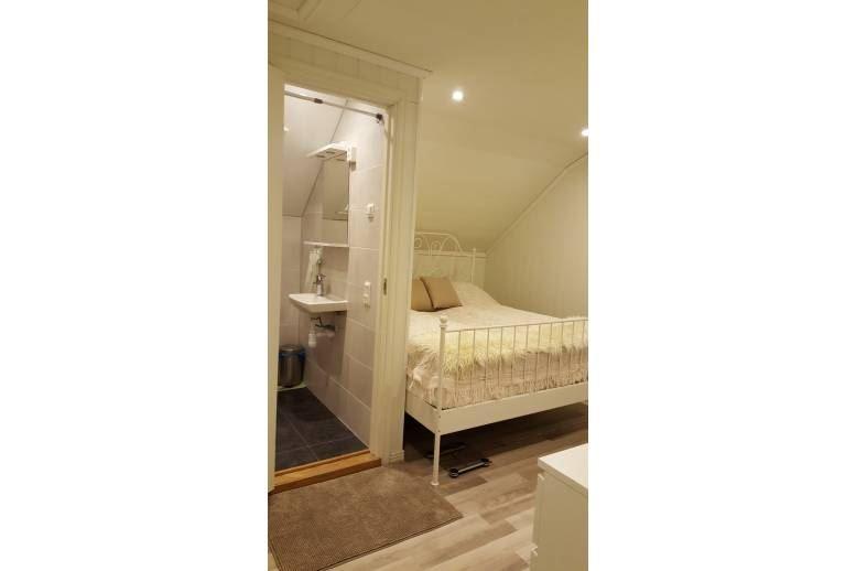 Charlottenberg - Hus med två sovrum. 4 bäddar totalt (JULI)