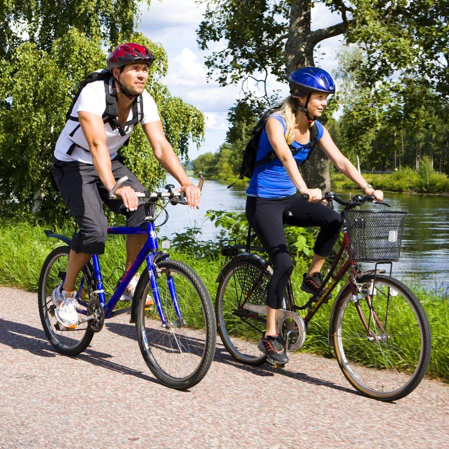 Cykel med tipsfrågor och guidade besöksmål