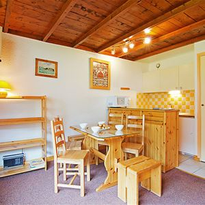 Lac Blanc 406 - 2 rooms + cabin - 4  persons - 2 bronze snowflakes
