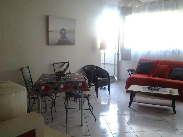 © PERES , GTBB-PERE - Appartement dans résidence centre ville