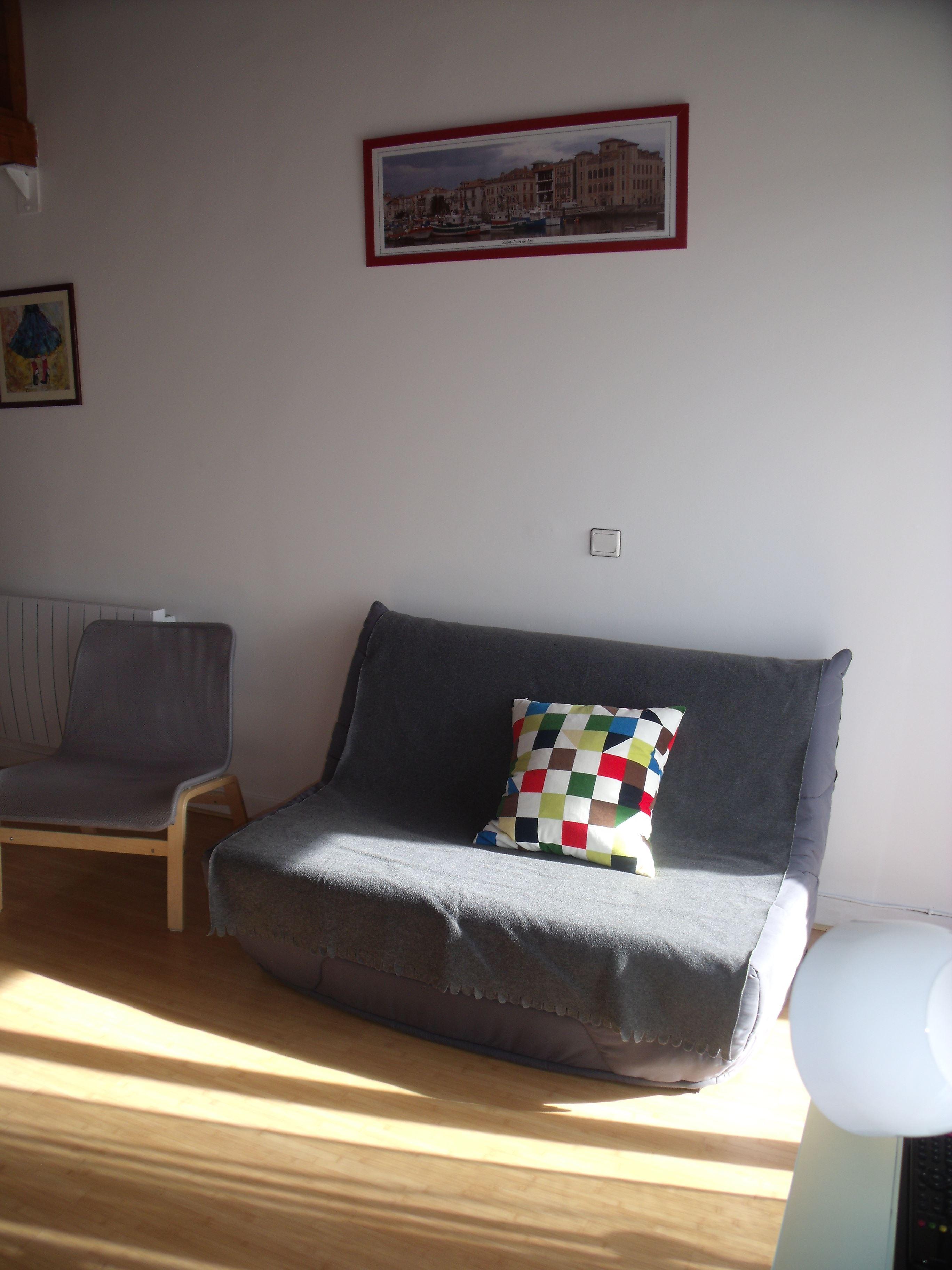 Appartement T2 Récalt ***
